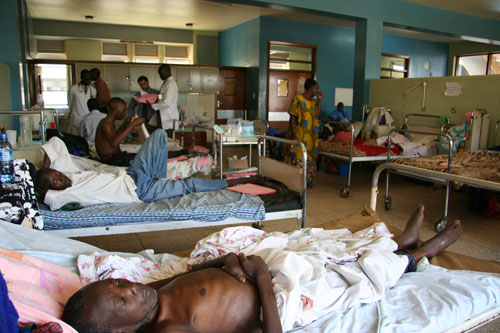 Patients in a hospital ward:How many them will not live due to negligence?